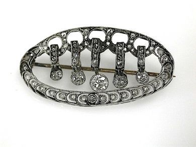 70925-April/Diamond Brooch Cynthia Findlay Antiques CFA1303329