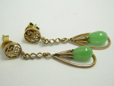 70926-April/Chinese Jade Earrings Cynthia Findlay Antiques 104045AN