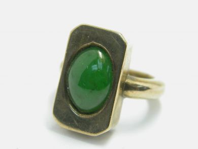 70926-April/Custom Made Jade Ring Cynthia Findlay Antiques 104036AN