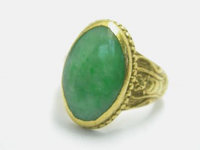 70926-April/Jade Ring Cynthia Findlay Antiques104032AN