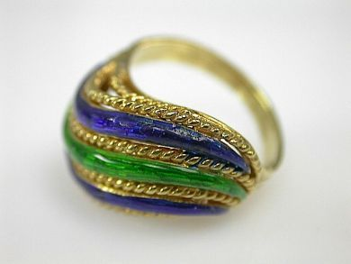 Enamel Wave Ring