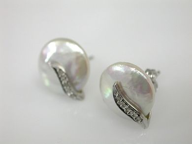 71174-April/Pearl Studs CFA1304208