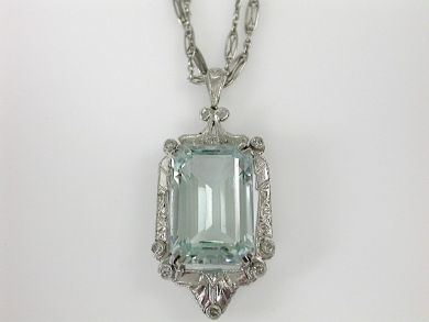 71422-May/Art Deco Aquamarine Pendant CFA1305130