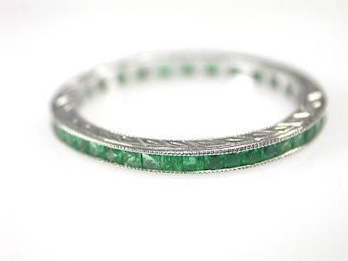 71597-May/Emerald Eternity Band CFA1305369