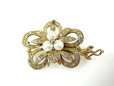 71741-June/Pearl Brooch CFA1305240