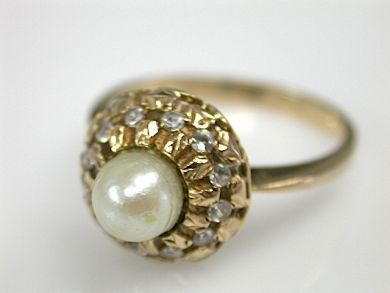 71840-July/Pearl Ring CFA1304239