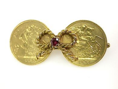 Vintage Sovereign Brooch