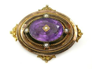 72056-July/Victorian Brooch CFA1307215