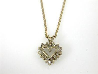 73044-October/Diamond Heart Pendant CFA130808