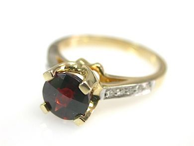 73100-September/Garnet Ring CFA1308147
