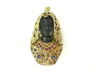 73362-October/Blackamoor Pendant CFA1306298