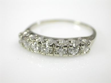 73382-October/Diamond Ring CFA1309335