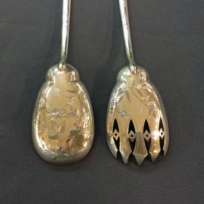Aesthetic Movement Salad servers Sterling silver English hallmarked Sheffield 1883 e