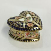 Royal Crown Derby Imari Derby Witches Heart Shaped Patch Box