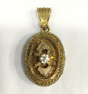 Antique Victorian Gold-Filled oval Locket 3