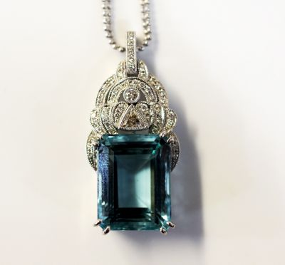 Art-Deco-Inspired-Aquamarine-and-Diamond-Necklace-AGL68491-83135a