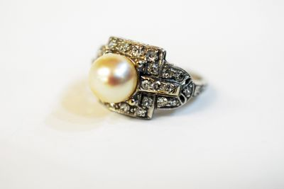 Art Deco Pearl and Diamond Ring