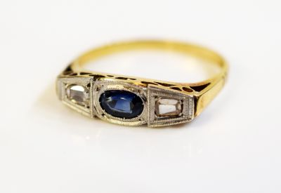 Art-Deco-Sapphire-and-Diamond-Ring-CFA1402344-75439