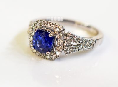 Art-Deco-Style-Sapphire-and-Diamond-Ring-CFA180129-84509aa