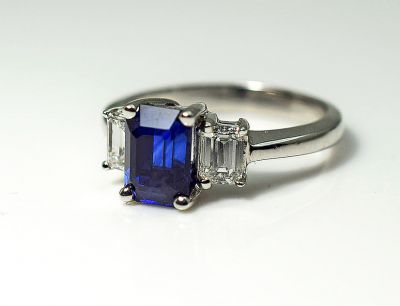 Art-Deco-Style-Sapphire-and-Diamond-Ring-CFA180810-85129a