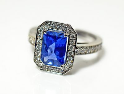 Art-Deco-Style-Sapphire-and-Diamond-Ring-CFA1808133-85182a
