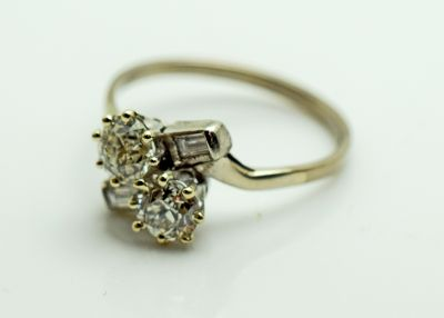 Art-Deco-Toi-et-Moi-Diamond-Ring-AGL80645-84939b