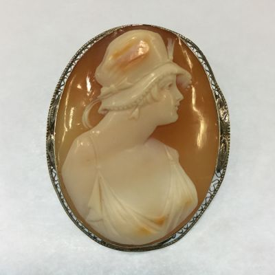 Art Deco Carved Conch Shell Cameo