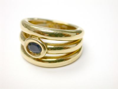 Chaumet Sapphire and Gold Ring