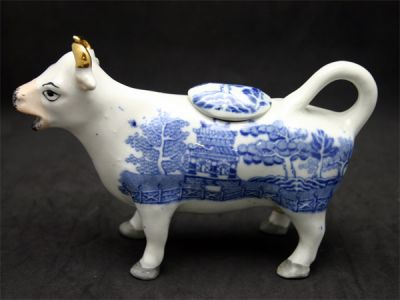 Blue Willow Cow Creamer