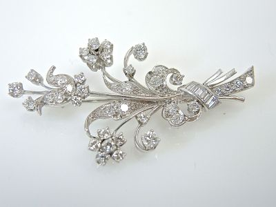 Diamond Flower Brooch CFA1401301