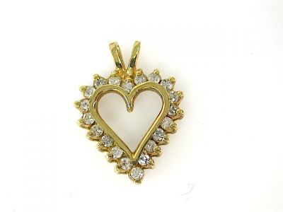 Diamond Heart Pendant CFA1310195