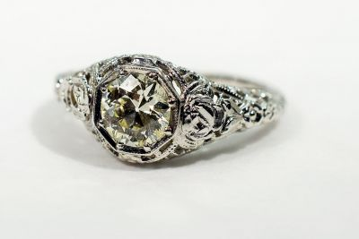 Edwardian-Diamond-Solitaire-Ring-AGL75097-84056aa