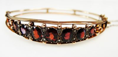 Edwardian-Garnet-and-Diamond-Bracelet-CFA1512111-80404