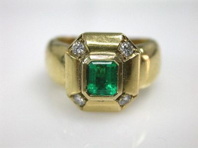 Emerald Ring CFA1105198