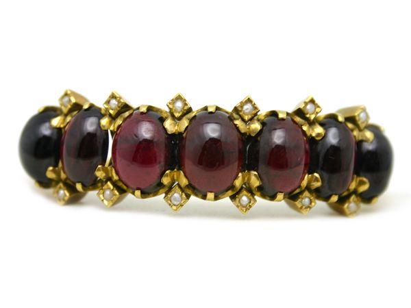 Victorian Garent Bracelet