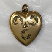 Gold Filled Double Heart Picture Victorian Locket