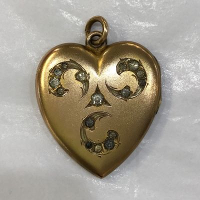 Gold Filled Double Heart Picture Victorian Locket b
