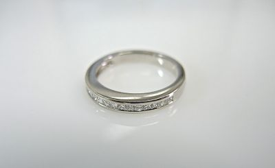 Half Eternity Band CFA1403202