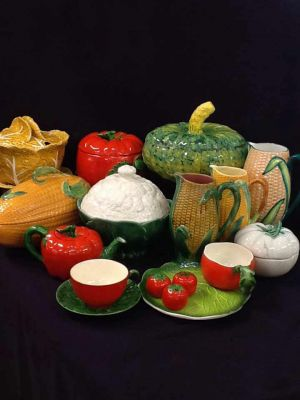 Mid-century-Ceramic-Fall-Harvest-Serving-Pieces