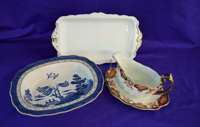 Mid Twentieth-Century Royal Albert    Val D   or    Pattern Tray  Royal Doulton Tableware Ltd
