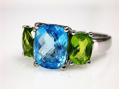 Modern-Blue-Topaz-and-Peridot-Ring-CFA161199-82860a