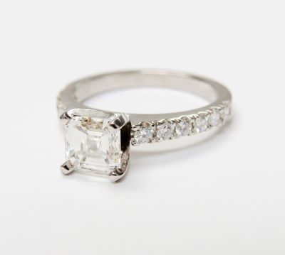 Modern-Emerald-Cut-Diamond-Ring-CFA160275-80649
