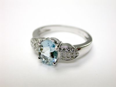 Modern Aquamarine and Diamond Ring CFA1406151 77905