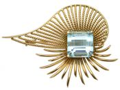 Retro 18 kt Rose Gold and Aquamarine Brooch