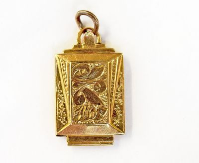 Portugese-Gold-Locket-JL181105a