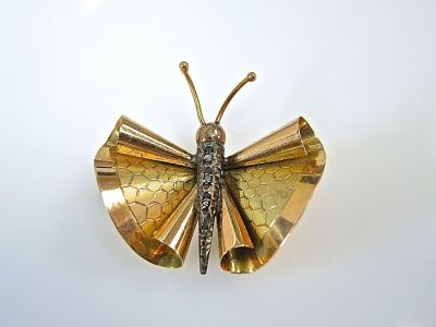 Retro Butterfly Brooch CFA1406312