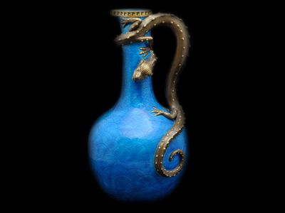 Royal Worcester Dragon Vase  RW003