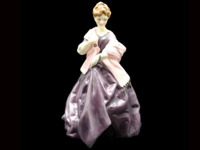 Royal Worcester First Dance RW007 1