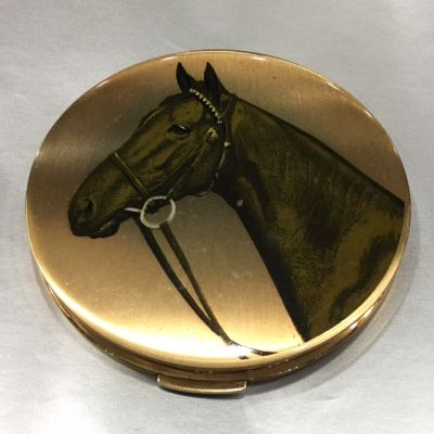Stratton Vintage Equestrian Powder Compact 2