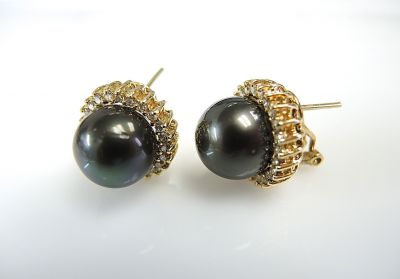 Tahitian Pearl Earrings CFA1401110
